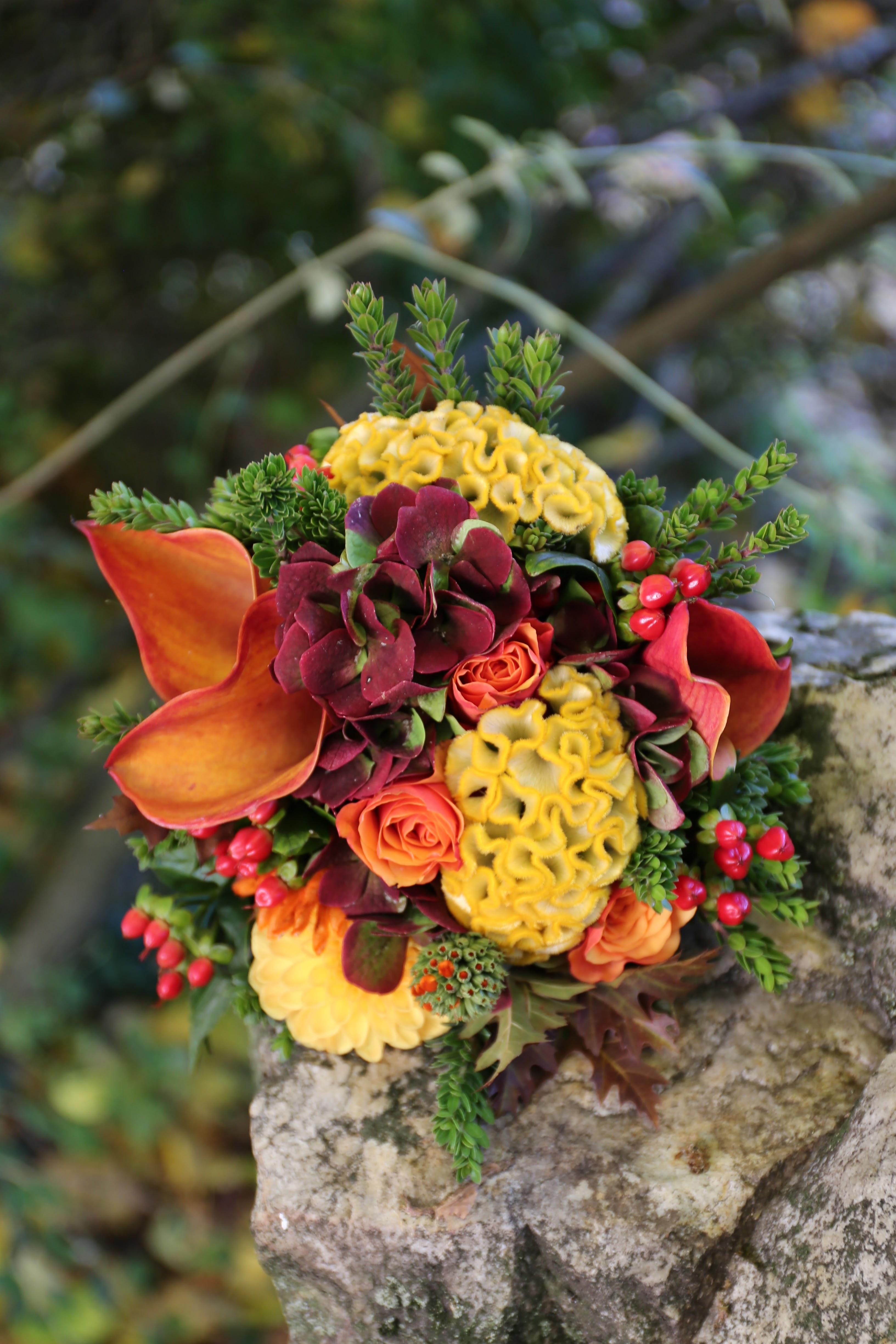 Bouquet de mariée rond pour mariage en automne