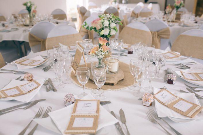 décoration de table mariage champêtre jute soignolles